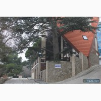 Продам элитный дом в Массандровском парке