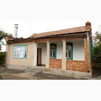 Продам недорогой жилой дом в Новоалександровке