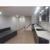 Продам двухуровневую квартиру на Московском проспекте м. Малышева