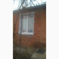 Срочно продам квартиру в пгт Ялта Донецкой области