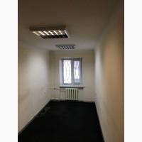 Офис в жилом фонде, 1 этаж, пр. кирова