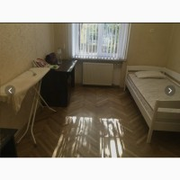 Сдам 3 комн квартиру на 5 станции фонтана 70 КВ м 1/4 этаж
