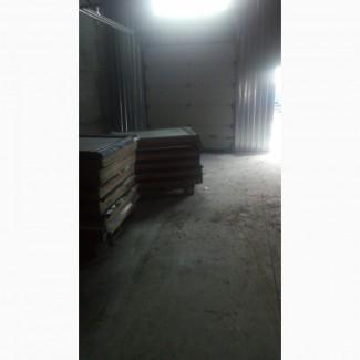 Склад 340 м р-н рабочей, рампа, пол антипыль. Потолок 6-10 м высота