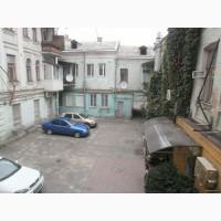 Продам Офис-127кв.м. 8-кабинетов. ул.Межигорская, 19