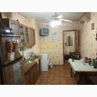 Продам трехкомнатную квартиру Ак. Королева / Черная Таврия
