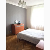 3х комн квартира с ремонтом 5 мин пешком метро Дарница
