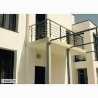 Красивый двухэтажный дом в современном стиле Садовского