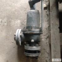 Предохранительные клапаны Ду 50 и Ду 80 на 160 атмосфер