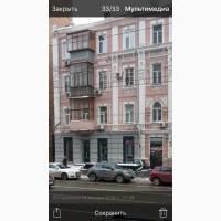 Фасадне приміщення на перетині вул Саксаганського та Володимирської, Київ