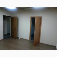 Офис в цоколе S 90 м2, кабинетная система