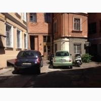Продам трехкомнатную квартиру на Спиридоновской / Асташкина