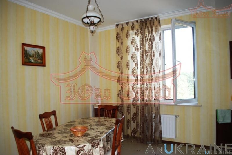 Фото 4. 1-но комнатная квартира в Климовском доме на пр. Шевченко