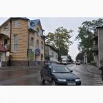 Здание в центре г. Косов под коммерческую деятельность, магазины, офис и жилая квартира
