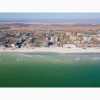 Продается база отдыха на берегу Азовского моря в пгт. Кирилловка Запорожской обл
