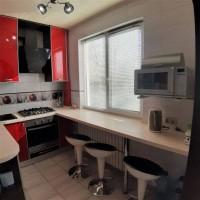 Продам 4 комнатную с ремонтом на Салтовке ТРК Украина