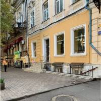 Великолепное помещение 140 кв.м. в центре по Садовой. От собственника