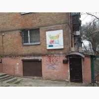 Продам 55 кв.м., н/ф на ул.Автозаводской 21а, Оболонский р-н